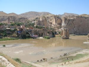 Hasankeyf on the Tigris, due for flooding [DD]