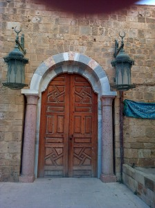 Entrance to Sidon's Great Mosque, once the Church of St John of the Knights Hospitaller, restored by Rafiq al-Hariri and winner of the 1989 Aga Khan Award for Architecture [DD, 2014]