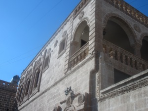 Syriac stone mansion in Midyat [DD, May 2014]