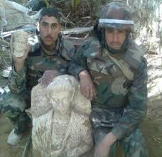 Palmyra looting Assad soldiers