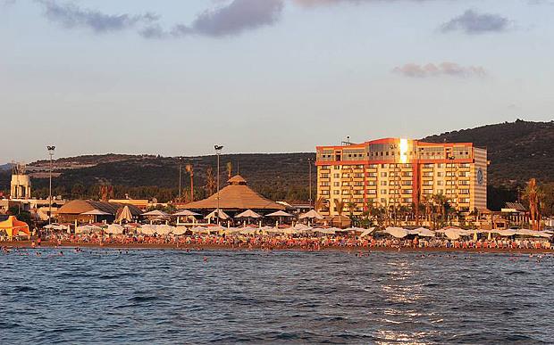 lattakia-beaches-and-hotel-august-2015-holiday-beach-resort-near-tartous