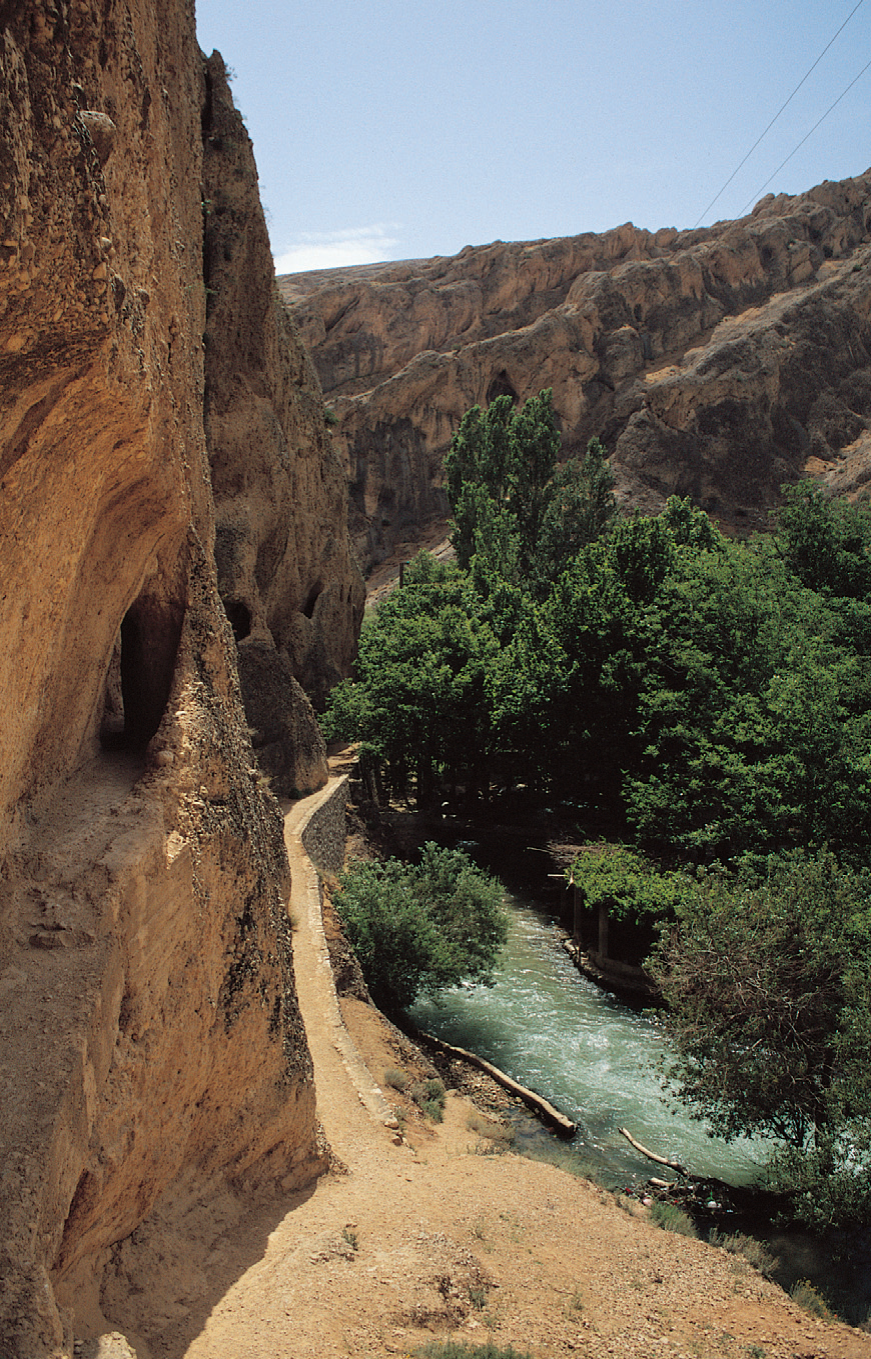 barada-river-and-gorge-with-roman-aqueduct-system-in-cliffs