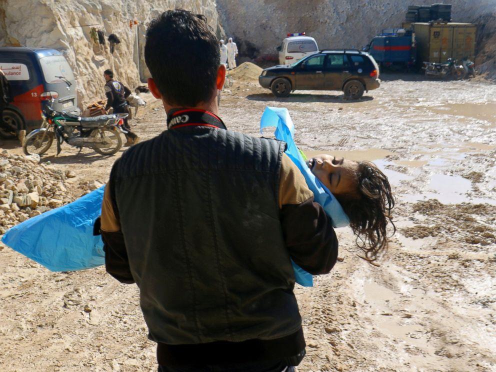 RT-syria-ml-170405_4x3_992 sarin victim 4 April 2017