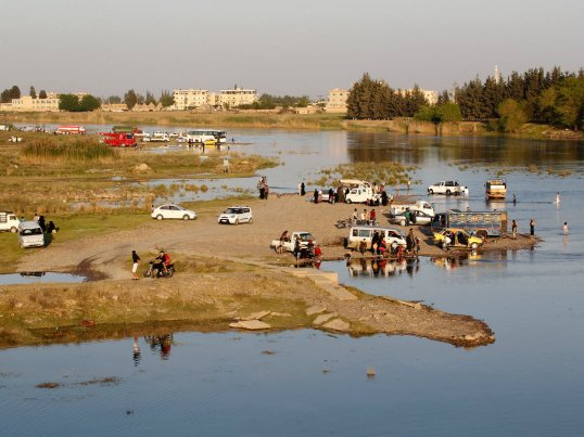 Raqqa Euphrates banks