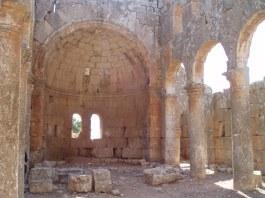 The apse at Qalb Lozeh, 5th century [copyright Diana Darke]